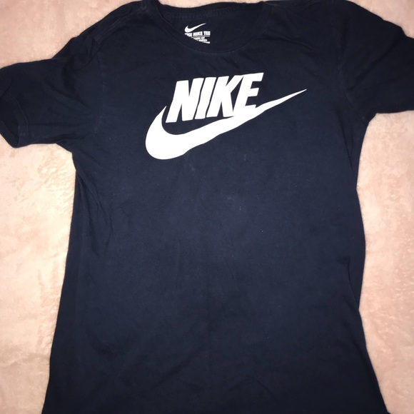 nike shirt mens white